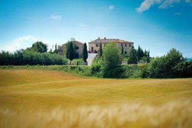 LUXURY VILLA FOR SALE IN MONTALCINO, TUSCANY