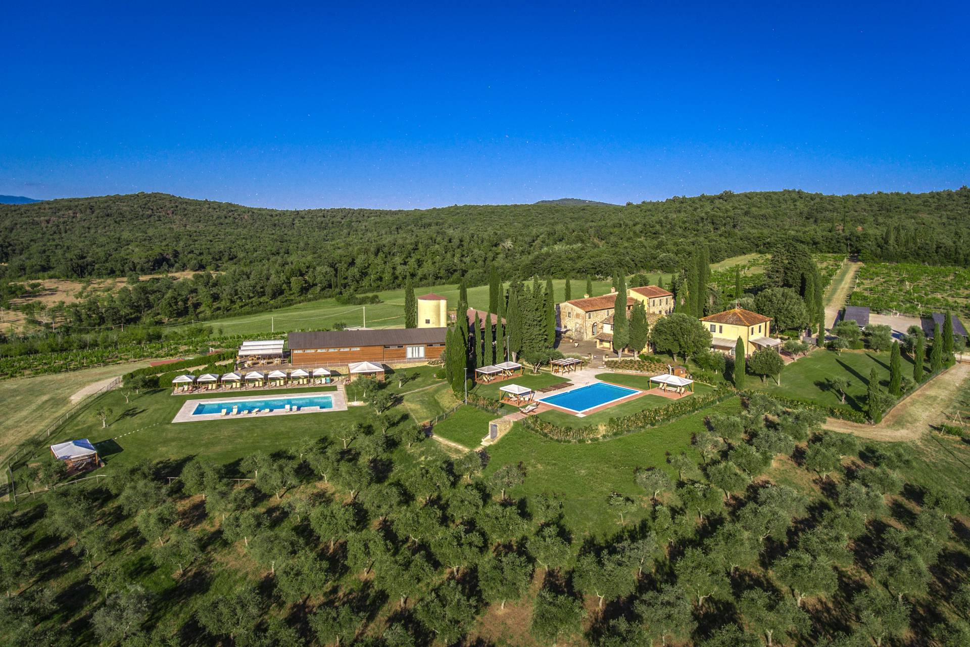 RESORT FOR SALE IN AREZZO, TUSCANY
