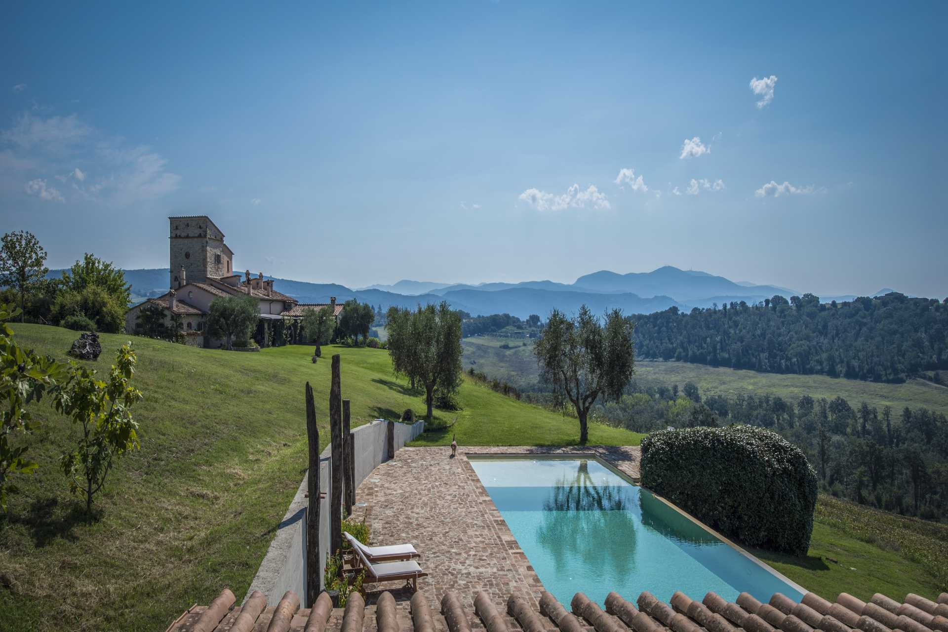 LUXURY VILLA FOR SALE IN AMELIA, UMBRIA
