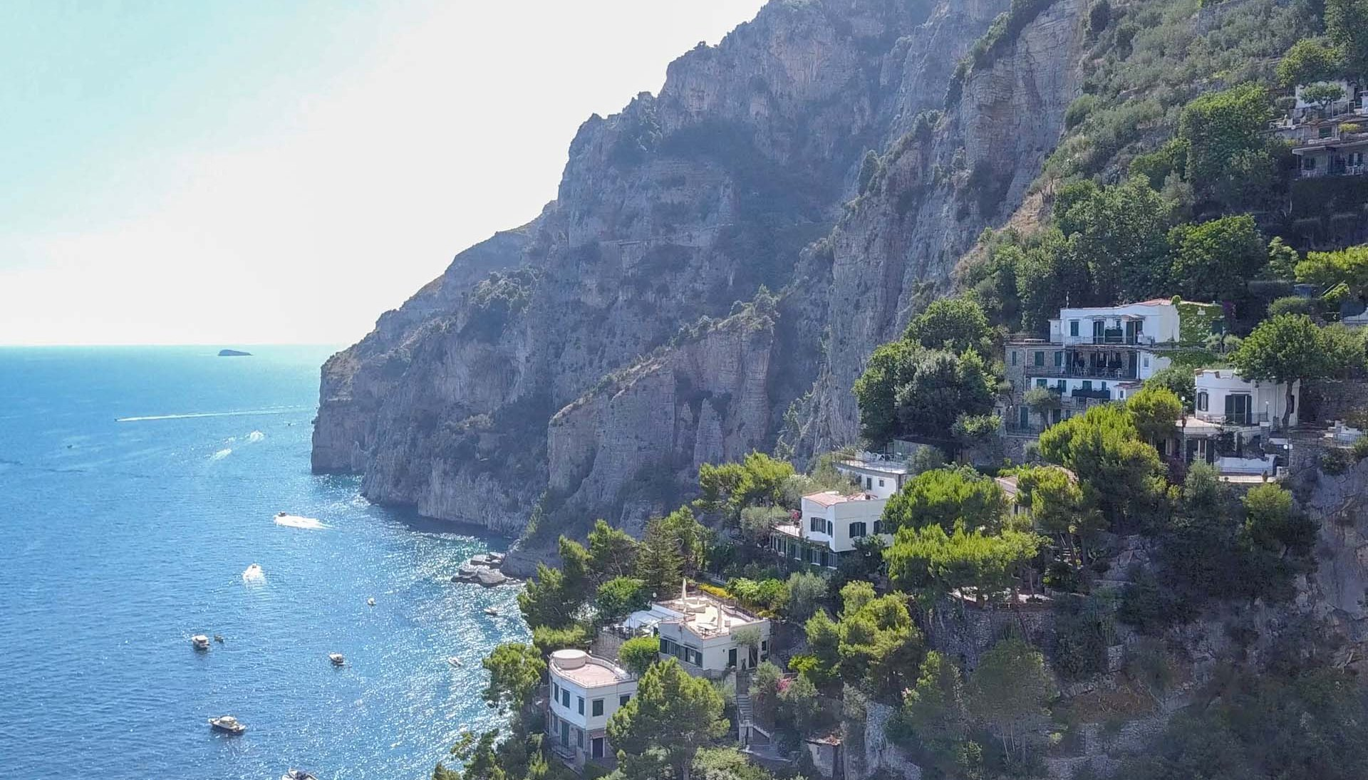 LUXURY WATERFRONT VILLA FOR SALE IN AMALFI COAST