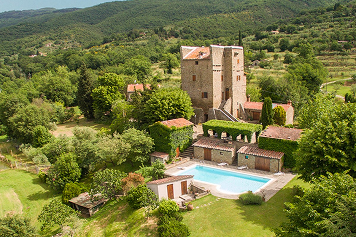 RESTORED MEDIEVAL TOWER FOR SALE NEAR CORTONA, TUSCANY